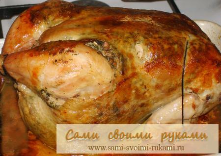 Курица  в духовке с начинкой под кожей