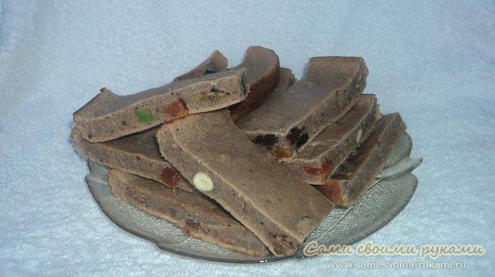 Манник с какао, орешками и цукатами - рецепт с фото