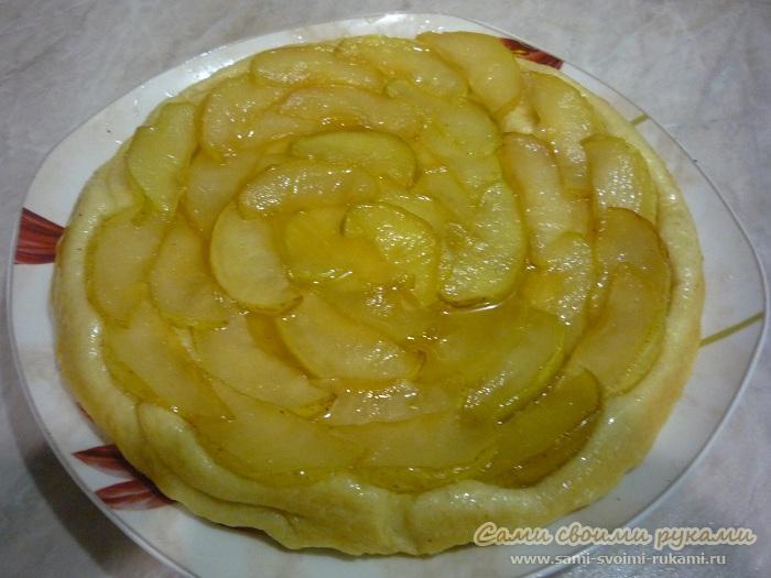 Перевернутый пирог с яблоками - рецепт с фото