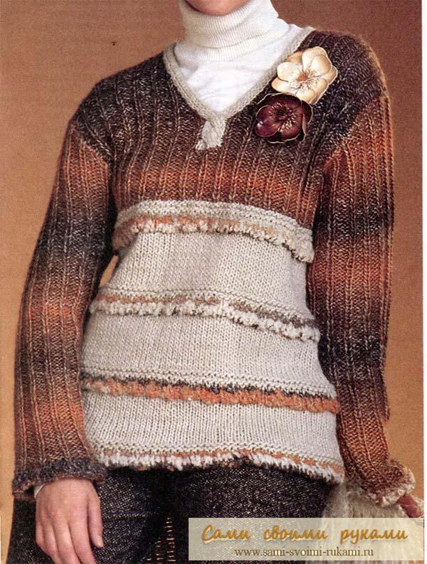 Коричневый пуловер спицами