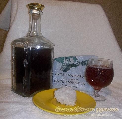 Маска с красным вином и морской солью для слоящихся ногтей