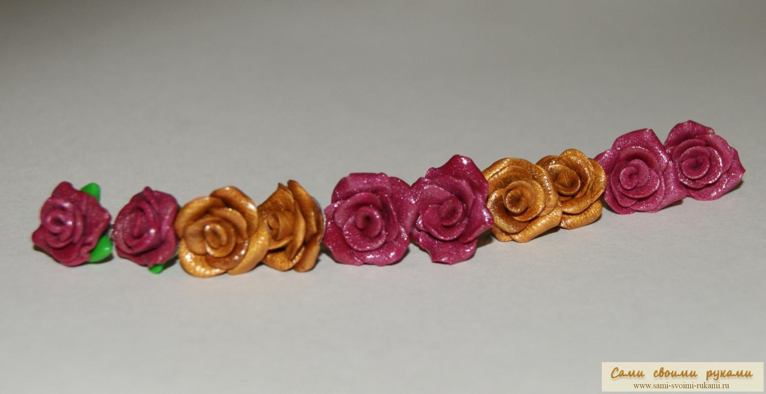 Серьги-гвоздики Розочки лепим из пластики