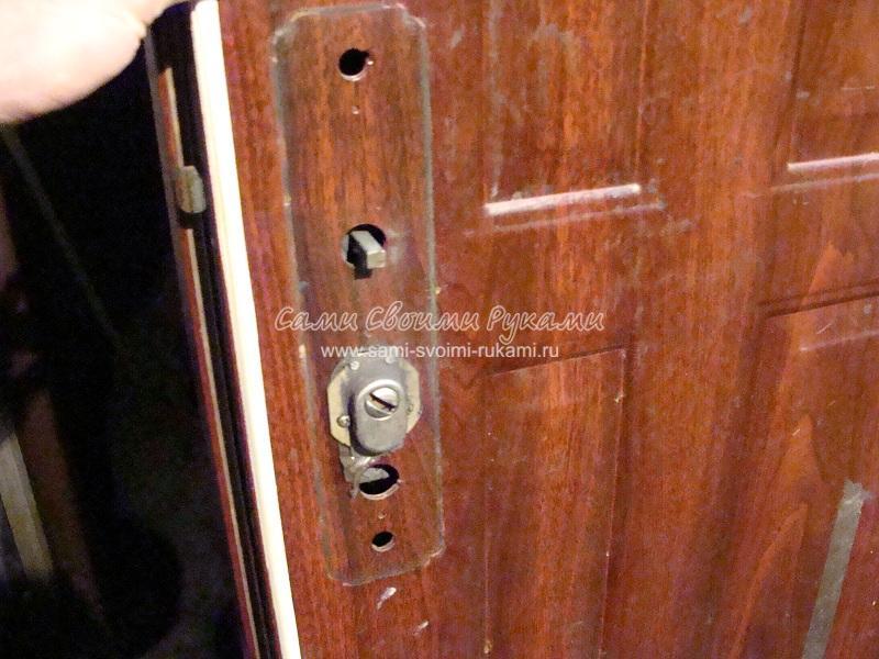 Замена ручки на металлической двери своими руками 72