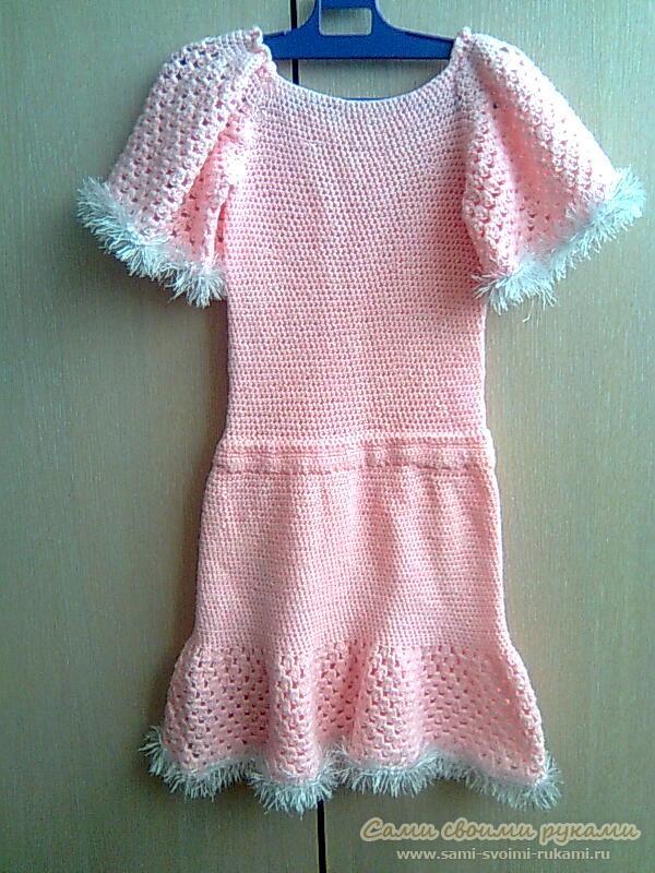 Розовое платье для девочки, вяжем крючком - фото, описание