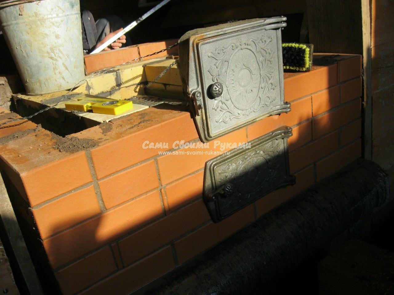 Установка топочной дверцы с помощью короба из нержавейки 44