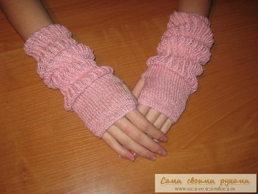 Розовые митенки - вяжем спицами