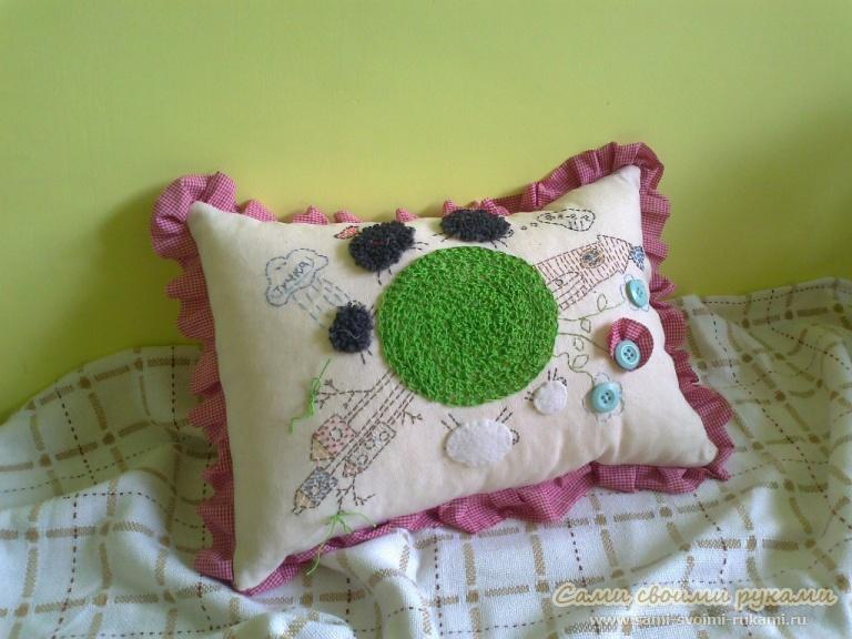 Как сшить подушку с птичками и барашками!