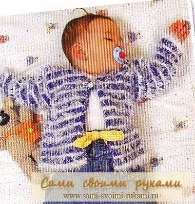 Жакет в полоску для малыша вяжем спицами