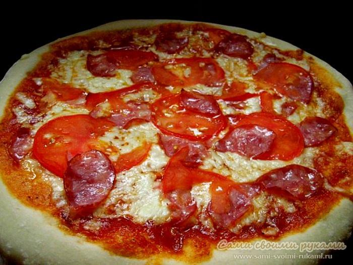 Пицца Моя Италия (копченая колбаса, помидоры, сыр)