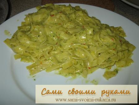 Паста в кремово-овощном соусе