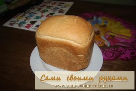 Выпечка белого хлеба с ванилью