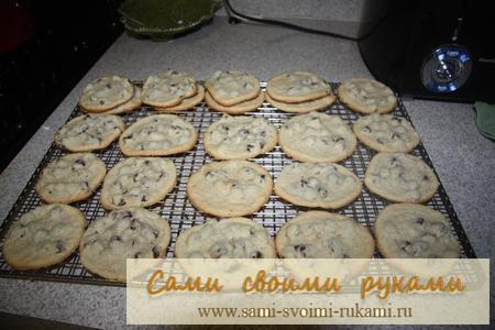 Печенье с кусочками шоколада - рецепт