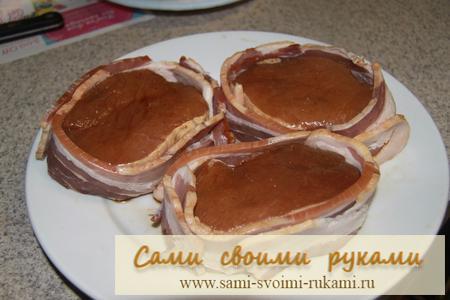 Свинина в беконе - рецепт