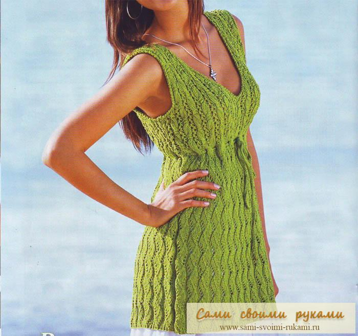 Зеленая туника с узором и шнуром - спицами