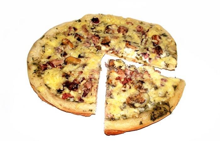 Рецепт пиццы с морепродуктами - Атлантида