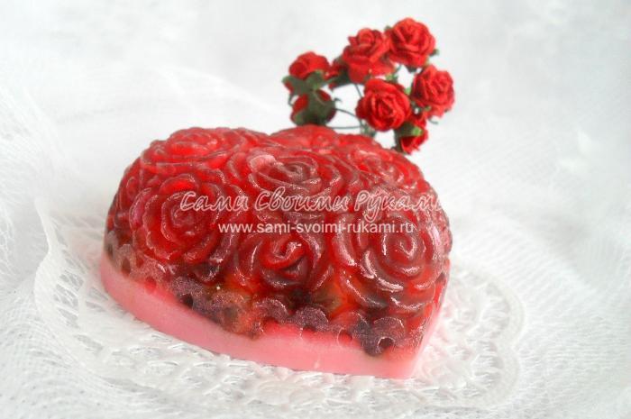 Мыло в виде Сердца - Признание с сухоцветом розы и маслом авокадо