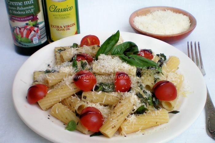 Рецепт итальянской пасты с базиликом и черри