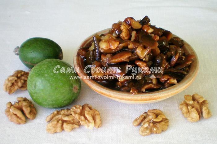 Варенье из фейхоа с грецким орехом и сырой джем из отборных плодов фейхоа