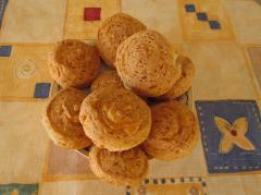 Творожные рулетики с сыром - рецепт с фото