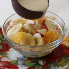 Сладкий салат (фруктовый микс) - яблоко, банан, апельсин