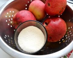 Как варить компот (яблоки, вишня)