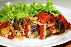 Кебаб из мяса и баклажанов