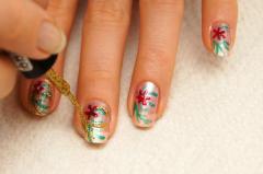 Летние рисунки на ногтях (легкие цветы)