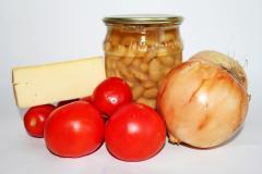 Запеченная фасоль с овощами и сыром