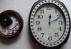 Ремонт настенных часов - замена механизма