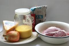 Свинина, запеченная под сыром