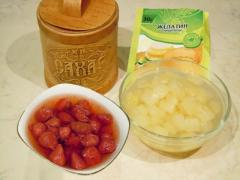 Рецепт желе с ягодами (клубника, ананас)