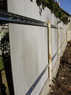Как сделать забор из плоского шифера - доступно и не сложно