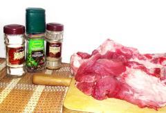 Мясная поджарка с картошкой и сыром