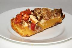 Рецепт мяса, запеченного в кабачке