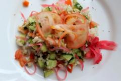 Рецепт салата с авокадо, свежими овощами, рисом
