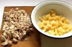 Рецепт салата курицы с ананасами