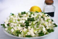 Рецепт салата из пекинской капусты с черным тмином и сыром пинар
