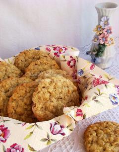 Рецепт овсяного печенья с орехами