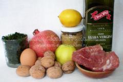 Яркий салат с гранатом и грецкими орехами