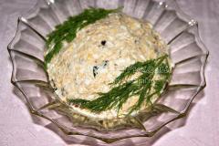 Салат Альтернатива оливье с индюшатиной, черносливом и орехами