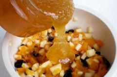 Наливаем мед