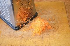 Подготавливаем морковь