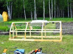 Как построить огуречник за пару часов