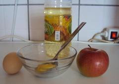Маска из яблока для рук