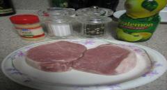 Как жарить свинину - рецепт с чесноком