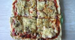 Пицца из творожного теста