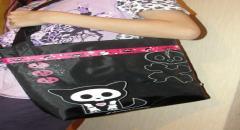 Сумка со скелетами для дочки