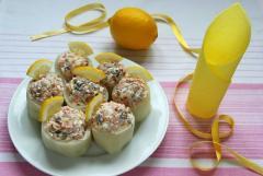 Закуска из дайкона, фаршированные бочонки, рецепт с фото