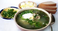 Рецепт зеленого борща из щавеля и шпината...