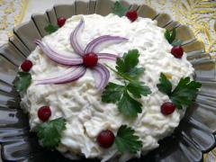 Воздушный салат Цветок на снегу